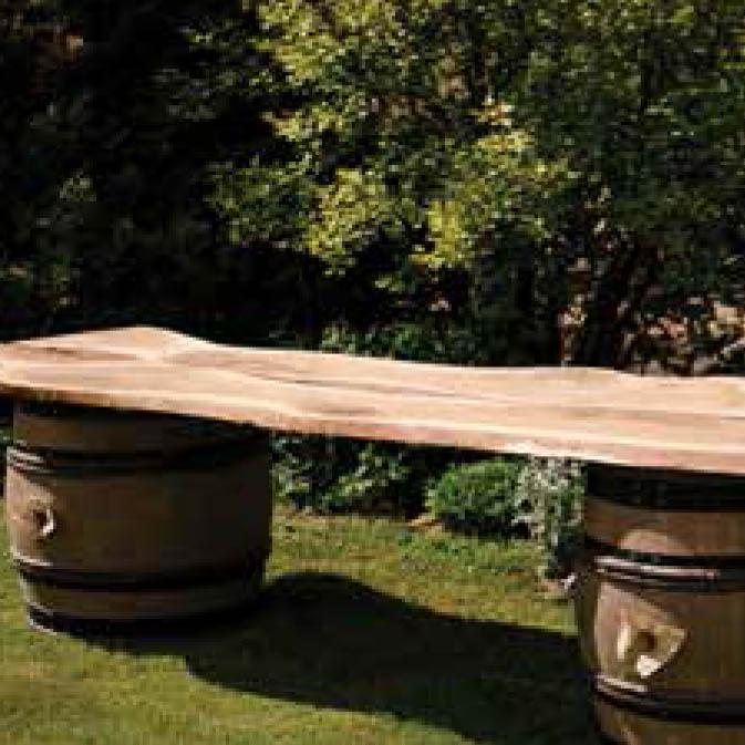 azuolinis uzkandziu stalas